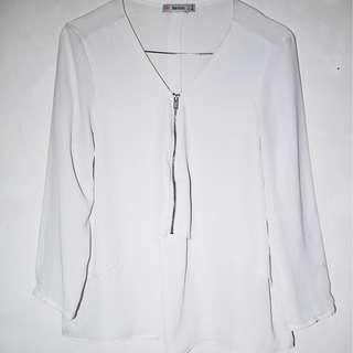 BERSHKA White blouse