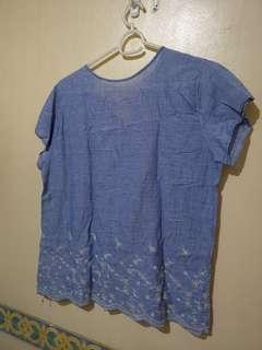 Used Top size Large