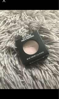 MAC Eyeshadow in Shade Yogurt Matte