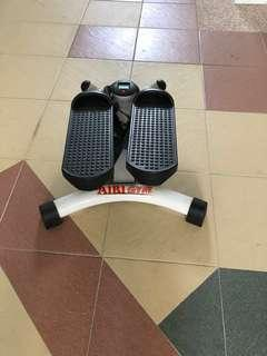 Sit up bench + stepper + sit up wonder core all 3 items, not to be miss