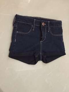 Celana pendek hnm original store