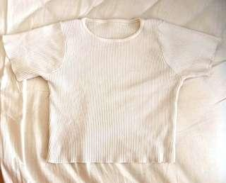 🚚 White Ribbed Crop Top
