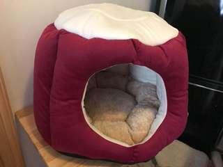 2018清貨價,大平賣,紅色樹木寵物窩,紅色狗窩,貓窩, 寵物床、小狗床,貓床,寵物暖窩,帳篷窩,狗屋,貓窩,寵物暖窩(現貨)L