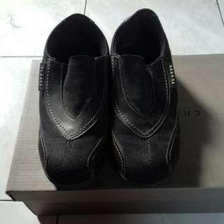 Sepatu Fladeo Hitam