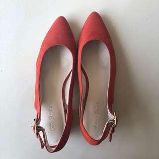 Love, Bonito Pump Orange Heels