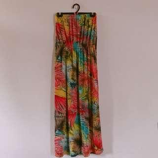 🚚 夏季暖色系樹葉平口綁脖長版洋裝