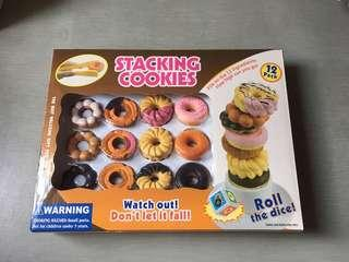 Stacking cookies family players