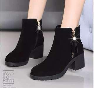 🚚 INSTOCK Black Ankle Boots