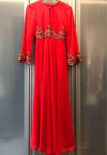 Jubah dress - red with gold detail