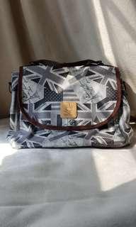 Queen & Cat Backpack/Slingbag