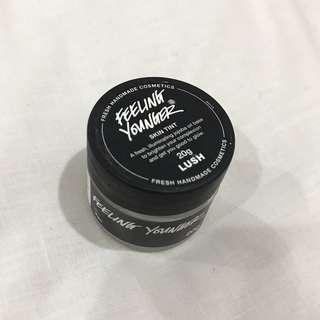 LUSH HIGHLIGHTER