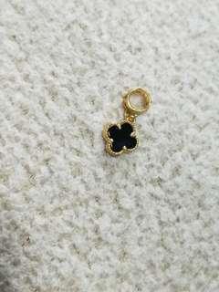 916 Gold LV Clover Pandora Charm