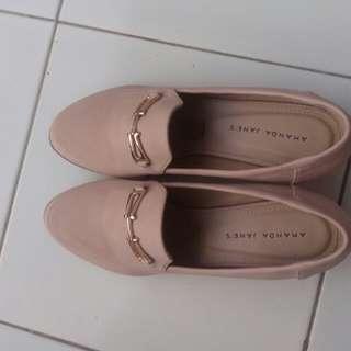 Sepatu Amanda Jeans size 39 new