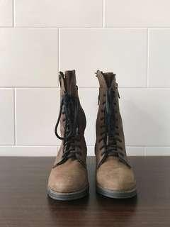 STEVE MADDEN Battell Lace Up Army Boots