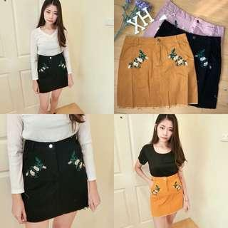 $7‼️FLORAL EMBROIDERED SKIRT