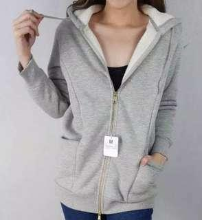Jaket hoodie AVV light grey fuzzy