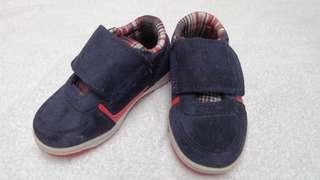 Sepatu Bayi Mother Care (Baby Shoes)