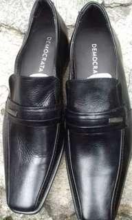 Democrata men shoes