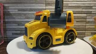 Truck toy with excavator battery operated