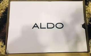 Aldo box