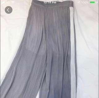Minimalistic Lilac Grey Pleated Culotte Pants