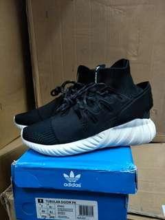 🚚 Adidas Tubular doom武士鞋 us7、10、11