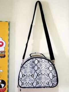 775f600fac Catherine Mannell Designer Handbag