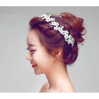 {RENT} Lace Floral with Crystal Hairpiece (RH-009)