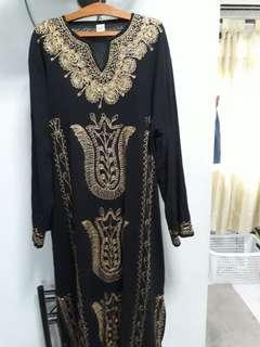 Long dress with side slit