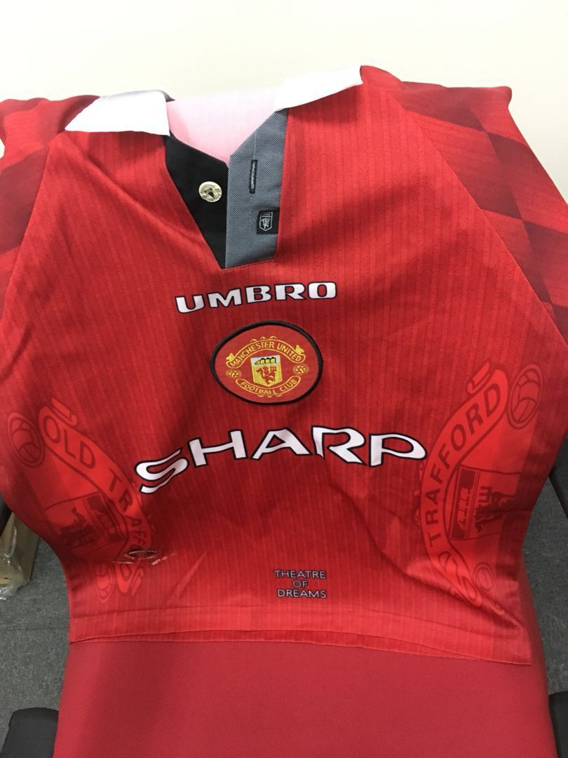 62340d616 Classic Manchester United Jersey