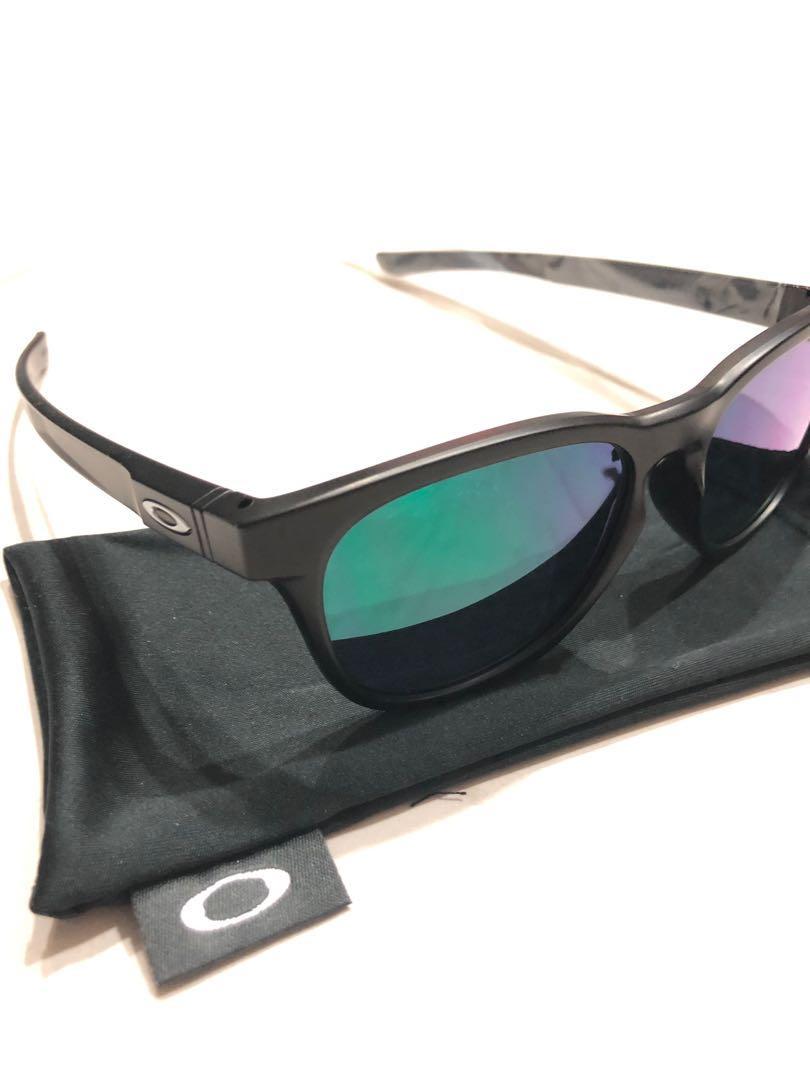 b58001d5a6 Oakley Performance Lifestyle OO9315 Sunglasses