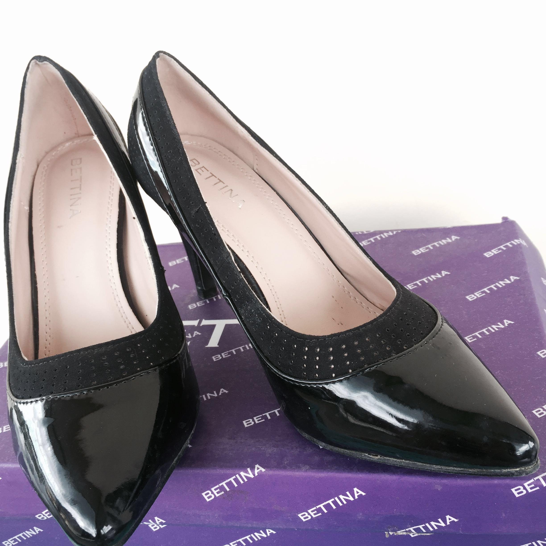 Sepatu Heels Bettina Women S Fashion Women S Shoes On