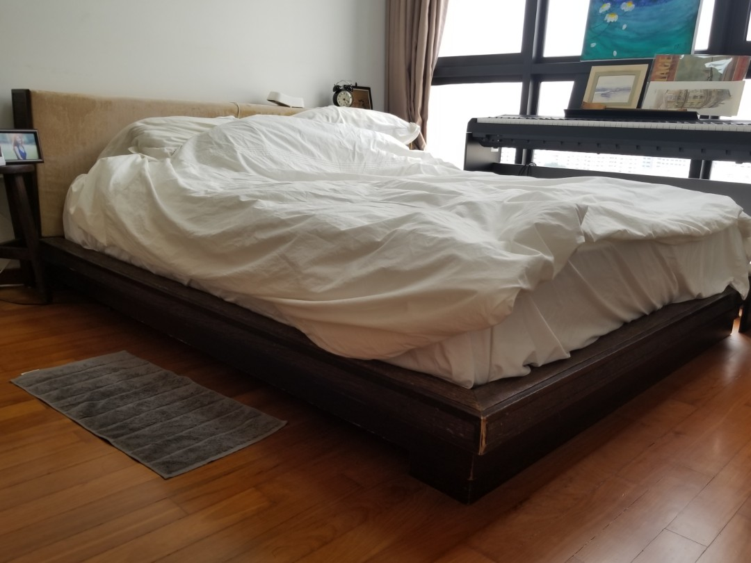 Picture of: Free Teak Platform Bed Frame Queen Furniture Beds Mattresses On Carousell