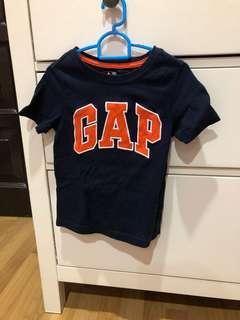 Gap Tshirt
