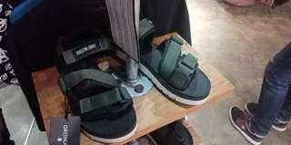 Sandal greenlight
