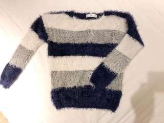 二手 air space毛毛柔軟深藍條紋針織毛衣