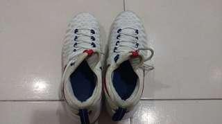 NIKE運動鞋US9