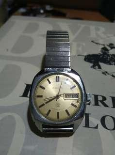 Vintage Raketa Russian watch day date