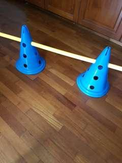 30cm Cones markers with hurdle