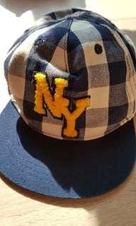 H&M NY cap