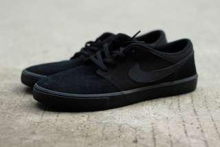 Nike SB Portmore II Solarsoft PRM Black/ Black