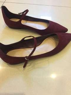 Charles and keith dark marroon pointed flats