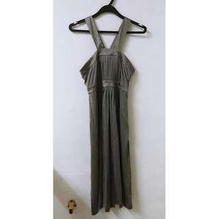🚚 Banana Republic Silk Halter Dress