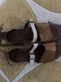 Leather women's sandals