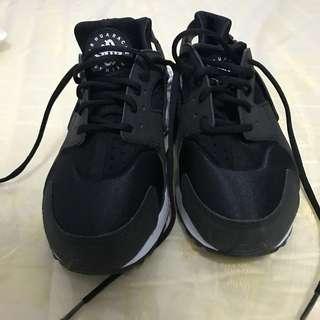 REPRICED!! Nike Huarache Black for Women