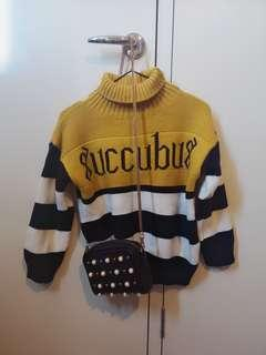 Ladies sweater (worn once)