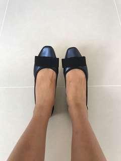 Pazzion blue shoes