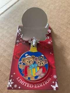迪士尼襟章 達菲 雪莉莓 限量1250 Disney pin aulani Duffy shelliemay Christmas LE1250