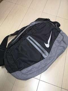 NIKE RUN Crossbody Bag