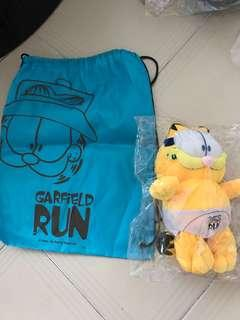 Garfield soft toy plus string bag